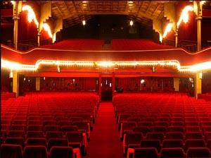 Franck marvin numero visuel vu au plus grand cabaret du monde - Plan salle theatre porte saint martin ...